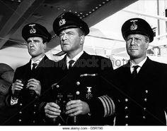 john-ericson-van-heflin-peter-carsten-under-ten-flags-1960-d5rt90.jpg (640×506)