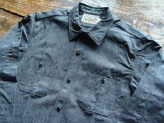 Freewheelers bootleggers reunion cassidy work shirt, Black Pepper chambray. Denim Button Up, Button Up Shirts, Kind Of Blue, Work Shirts, Denim Shirt, Chambray, Work Wear, Gentleman, Chef Jackets