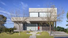ROOT house | Speziale Linares | Archinect