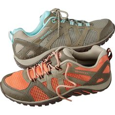 Sick of soggy hiking shoes? Women's Merrell Rockbit Cove Trekker Shoes let water sluice through and dry fast after the plunge.