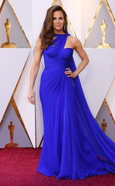 Jennifer Garner from Standout Style Moments From Oscars 2018  The bright blue hue was a bold departure for the actress, who typically lives in dark or muted colors.