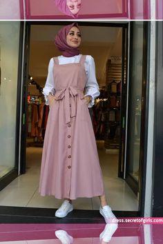 modern hijab fashion Limage contient peut-tre : un - Hijab Style Dress, Modest Fashion Hijab, Modern Hijab Fashion, Muslim Women Fashion, Hijab Fashion Inspiration, Islamic Fashion, Hijab Outfit, Hijab Fashionista, Mode Outfits