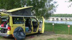 Roadtrip durch Frankreich: 4 Freunde fahren mit dem Bulli über Paris zur Atlantik-Küste. Hier gibt's die Route & Tipps zu Sehenswürdigkeiten & Camping.
