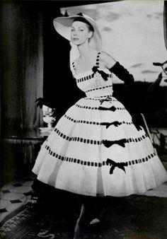 Joseph Grove • L'Officiel #421, 1957 • Christian Dior, Spring 1957 Couture