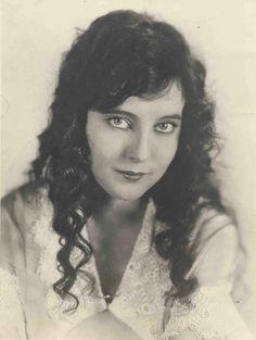 Jobyna Ralston