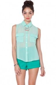 Tilly button down in mint