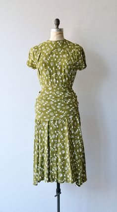 Floating Droplets dress vintage 1940s dress rayon by DearGolden