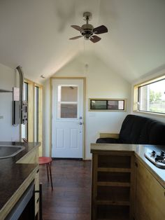 Couple Living in a 204 Square Foot Tiny House - http://tinyhousetalk.com/couple-in-a-204-square-foot-tiny-house/