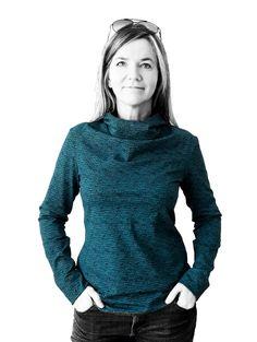"""Shirt Matera ist ein sportlich elegantes Shirt mit Wasserfall und Kragen Größen 34-48 Ein Schnitt-zwei Modelle. Ihr könnt euch ein schickes Shirt mit Kragen oder mit Kapuze nähen. Shirt Matera ist ein Shirt mit Wasserfall im Vorderteil und """"angeschnittenem"""" Kragen. Kragen und Kapuze sind keine extra Schnitteile, sondern sind an das Vorderteil konstruiert. Das hat einen edlen und schicken Effekt. Es stehen drei verschiedene Ärmellängen zur Wahl: 3/4 Länge, normal lange Ärmel ode..."""