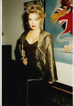 Pop Singers, Female Singers, Kim Wilde, 80s And 90s Fashion, 90s Girl, Idole, My Favorite Image, Concert, Madonna