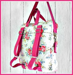 The Bookbag Backpack - PDF Sewing Pattern + How to Create an Easy Welt Seam Bag Patterns To Sew, Pdf Sewing Patterns, Mochila Tutorial, Patchwork Quilt, Backpack Pattern, Fabric Bags, Sew Bags, Quilted Bag, Backpack Bags