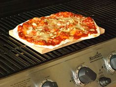 How to Cook Pizza on a Barbecue: 7 Steps (with Pictures)