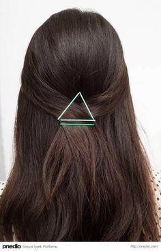 Artık Yüzüne Bile Bakmadığınız Tel Tokalar İle Kolayca Yapabileceğiniz 33 Saç Tasarımı