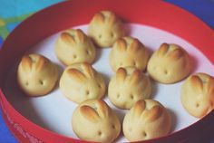 bunny bread #easter #cute. Use any frozen or homemade dough, roll into bun shape, snip and shape the ears while it's rising and carve the eyes once it's baked. Too cute!
