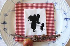 """Stickdatei  """"Weihnachtsmann und Christkind...."""" von  """"FeinKram""""  hier gibt es die schönsten Scherenschnitt StickDateien ;-))) auf DaWanda.com"""