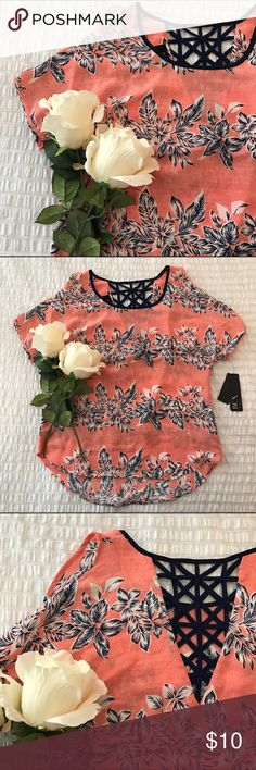 Blouse / Floral NWT! Open shoulder not super visible in photos. Size XS but fits a Small. BCX Tops Blouses