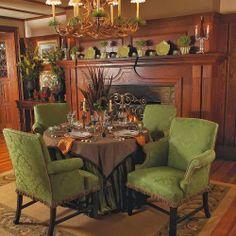 THanksgiving+traditional-dining-room.jpg