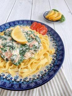 Tagliatelle met spinazie, zalm en roomkaas. Binnen een half uur staat deze heerlijke maaltijd op tafel Het recpet staat op mijn blog Homemade by Joke