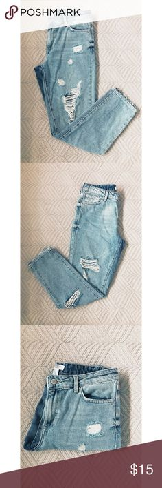 F21 Boyfriend Distressed Jeans NWOT Forever 21 Boyfriend Distressed Jeans. Size 28. 100% Cotton. Forever 21 Jeans Boyfriend