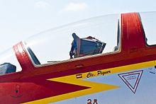 Cabina delantera de un C-101 de la Patrulla Águila.