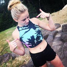 Summer Joy Chloe lukasiak Pinned from ♡DM Fandom♡ Chloe Johnson, Chloe And Paige, Pretty Outfits, Cute Outfits, Dance Mums, Chloe Lukasiak, Dance Moms Girls, Dance Outfits, Kendall