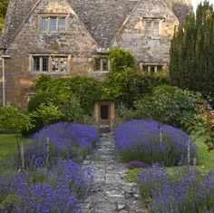 House of the day A 17th century farmhouse in Devon t r a v e l