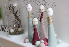 ich bin beim Kleine OsterbloggerEi Event dabei und stelle Euch ein tolles DIY vor - Die Osterhasen sind los! Ich habe tolle und schöne Osterhasen gebastel..