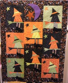 Halloween wall quilts - Photo only Halloween Sewing, Fall Sewing, Halloween Projects, Fall Halloween, Halloween Patterns, Halloween Pillows, Halloween Quilts, Quilting Projects, Quilting Designs