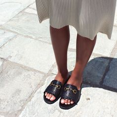 A stylish addition to any wardrobe. Boasting a head-turning braided mat detail, let these slide sandals take centre stage! 😎🌟🍉❤️ #papanikolaoushoes #shecollectionofficial #slides #sandals #flats #loveshoes #ss20 Center Stage, Centre, Pool Slides, Slide Sandals, Turning, Slip On, Flats, Detail, Stylish