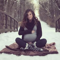 Baby Announcement Winter Maternity Photo Shoot 62 New Ideas