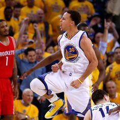 Otra gran actuación de Curry y Warriors se ponen 2-0