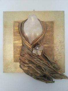 Decoupage On Canvas, Art Projects, Projects To Try, Mannequin Art, Textile Fiber Art, Texture Art, Altered Art, Sculpture Art, Biscuit