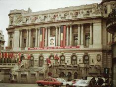 Romania 1984-1986 vazuta din ambasada SUA | Muzeul de Fotografie Romanian People, Bucharest Romania, Socialism, Old Things, Street View, Europe, Country, Architecture, Travel