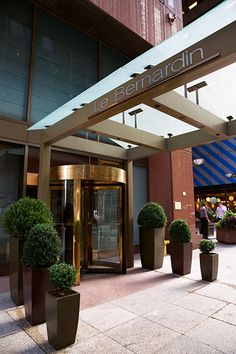 Looking for a good meal in Midtown? Check out Le Bernardin, 155 W 51st St.