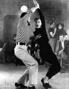 "Funny Face~ Audrey Hepburn and Fred Astaire ... ""Give em the ol' pizzazz!"""