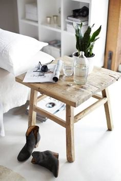 accent table styling