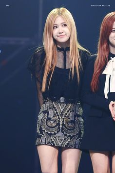 😍💕 My girl Rosé Forever Young, Kpop Girl Groups, Kpop Girls, Square Two, Rose Bonbon, 1 Rose, Kim Jisoo, Jennie Lisa, Blackpink Fashion