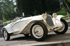 An Alfa is the way to man's heart. Alfa Romeo 6C 1750 GS Touring 'Flying Star'