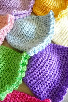 free crochet hat patterns for children | Buttercup Babies Hats: free pattern. | Crochet: Babies & Children