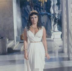 Elizabeth Taylor Cleopatra $1 Million | Some of Oliver Messel´s costumes: