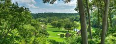 Amazing neighbourhood, community, and views in the prime mississauga real estate area around Credit Valley Golf and Country Club. Wedding Venues Ontario, Best Places To Live, Glass House, Home And Away, The Good Place, Natural Beauty, The Neighbourhood, Golf Courses, Real Estate
