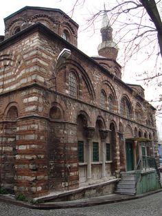 Kiliseden Çevrilen Camiler - Beyaz Tarih