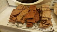 Experiments in Food: Easy Cheesy Sunflower Crackers Crackers, Cheese, Easy, Desserts, Recipes, Food, Tailgate Desserts, Pretzels, Deserts