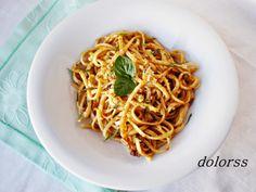 Blog de cuina de la dolorss: Tallarines con salsa de tomates secos y nueces