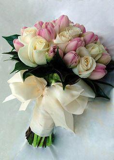 свадебный букет от салона цветов Цветокруг