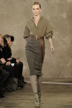 Donna Karan Pre-Fall 2011. Photo Kevin Sturman. Source Vogue.