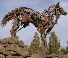 """Exceptional """"metal tree sculpture"""" info is offered on our internet site. Take a look and you wont be sorry you did. Metal Welding, Welding Art, Welding Projects, Art Projects, Arc Welding, Welding Tips, Metal Projects, Project Ideas, Welding Ideas"""
