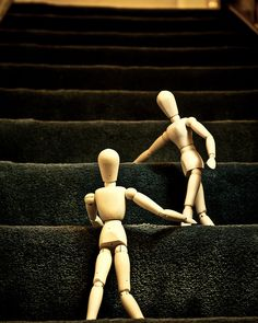 Relationships can improve our lives or, on the contrary, can give us some hard times, but when it comes to blogger outreach there is no doubt that building trustworthy relationships with the bloggers you are pitching to can make your life a whole lot easier. Anyway, you don't have to trust our word, just read ...