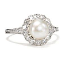 Art Deco Culture: Pearl & Diamond Ring - The Three Graces