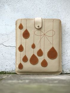 Honey and Beige Leather Sweet French Bow iPad Case